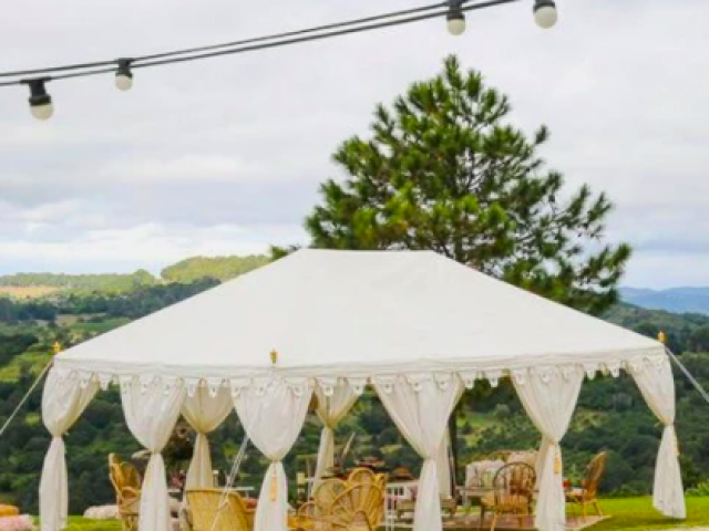 wedding-budget-marquee-hire-luxury-marquee-dinner-party-dancefloor-budget-marquee-hire-perth