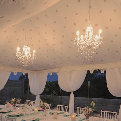 chandelier-hire-budget-marquee-hire-perth-affordable-lighting